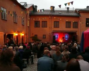 Jarkko Martikainen Urbaani kesäloma -festivaalilla 2009 (kuva: Tea)